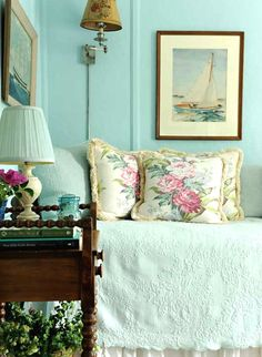 Coastal country style decor bedroom in a Victorian Beach Cottage: http://beachblissliving.com/new-england-country-victorian-beach-cottage/