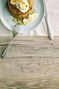 coconut, almond + quinoa breakfast cakes / Wholesome Foodie <3