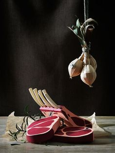 Food... or Paper! / Fideli Sundqvist