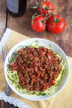 Healthy Food Friday: Tomatoes {and my Hearty Bolognese}