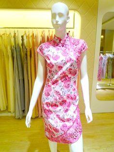 Floral Cheongsam #qipao #cheongsam #ChineseDress