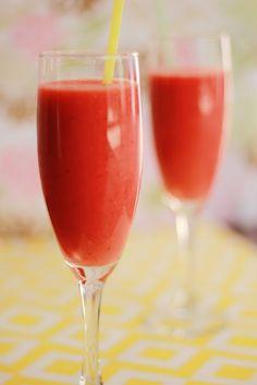 Strawberry Surf Rider Smoothie (like Jamba's) - Dessert in a drink!