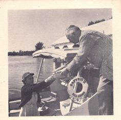 From 1954 to 1972, the Johann Fust Public Library of Boca Grande, Florida, used a yacht (Papyrus and Papyrus II) to bring books to islands in the surrounding area.