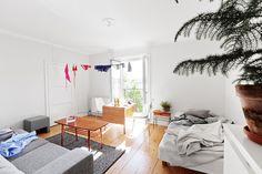 cozi apart, clotheslines, small apartments, inspiration, studios, interior inspir, studio apt, chicago, bachelor pads