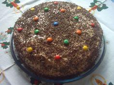 Bolo de Chocolate - http://cybercook.terra.com.br/receita-de-bolo-de-chocolate-festivo-r-12-18417.html
