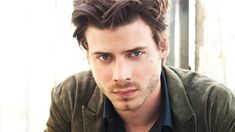 Francois Arnaud Joining Maggie Q in 'Red Flag' Miniseries. Q has long been attached to the lead role of Ching Shih in the miniseries, which follows the notorious Chinese prostitute turned pirate and crime boss who ultimately commanded 100,000 sailors and 1500-plus vessels.  Arnaud is lining up the role of Carlito, a Portuguese pirate and bounty hunter tasked with killing her, but of course he falls for her and becomes her lover instead. Filming is set to begin this fall in Malaysia.
