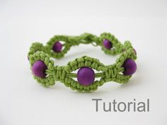 Macrame bracelet instructions pattern pdf tutorial green and purple makrame tutoriel step by step jewelry photo diy how to beginner beads
