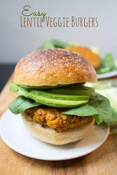 Easy Lentil Veggie Burgers Recipe via the amazing @fannetasticfood