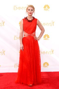 Claire Danes is looking fabulous in Givenchy tonight!