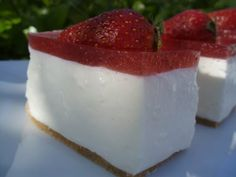 pastís de yogurd i gelatina de merlmelada