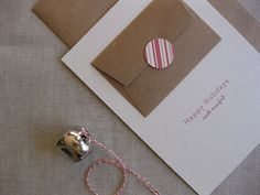 Great idea for a place to hold the gift card on a card.