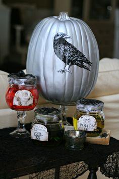 http://www.squidoo.com/free-halloween-bottle-labels