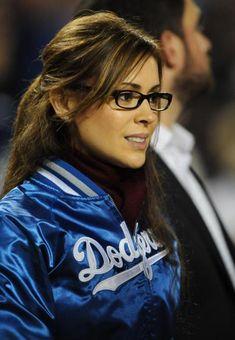 Alyssa Milano...glasses