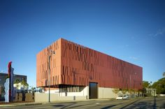 Wallis Annenberg Center for the Performing Arts | Studio Pali Fekete Architects (SPF:a) | Bustler