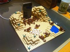 """""""2001: A Space Odyssey"""" iPhone charging station made of Lego"""