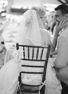10 Wedding Photos Every Couple Should Take {cute candid shot}