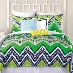Must have this chevron bedding!