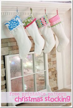 Full size .pdf Christmas stocking pattern to print out exactly to size. #free printable and step-by-step directions