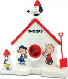 Snoopy snow cone maker