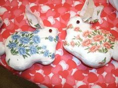 Bunny Rabbit made from handkerchief - these are more like mine, simpler on the bottom, need to see if I can develop a pattern from the one I made since I can NOT find it online - I doubt I still have a pattern - #vintage #handkerchief #bunny #rabbit #Easter #stuffed #sewing #crafts - tå√