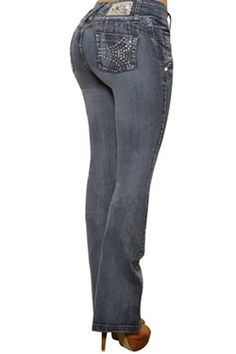Bootcut jeans mid-rise with pockets give big hip girls a more balanced look
