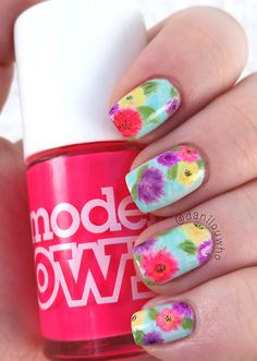 nails, flowers