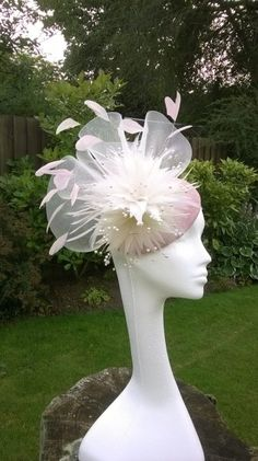 Cocktail hat BY JAYNE ALISON MILLINERY #millinery #hats #HatAcademy