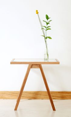 Able Side Table