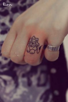 Cute little lion tat