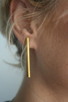 Singular gold bar earrings