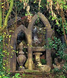 Arches & fountain