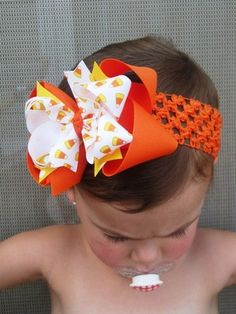 Candy Corn Hairbow- need to start making Marisa Hairbows again!