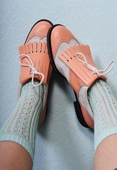 Pastel Peach Golf Shoes