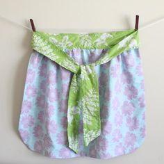 DIY Clothes Refashion: DIY Reversible Half Apron DIY Clothes DIY Refashion DIY Sew