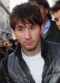 Lionel Messi-cute