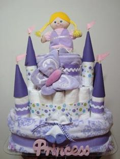 diaper display, babies stuff, gift ideas, diaper cakes, baby shower gifts, castl diaper, cake baby, babi shower, baby showers