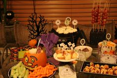 Halloween Dessert Tables