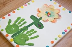 button flowers, gift ideas, flower art, handprint flower, flower paintings, hand prints, mother day gifts, mothers day crafts, art activities