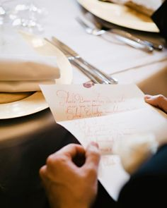 Handwritten love notes personalized to each guest is the ultimate way to make guests feel welcome #wedding