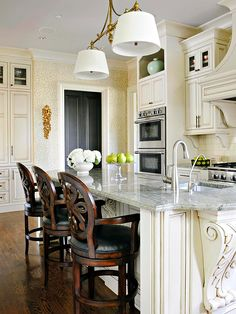 How gorgeous is this French Cottage Kitchen? More creamy kitchen colors: http://www.bhg.com/kitchen/styles/traditional/traditional-french-kitchen/?socsrc=bhgpin011214frenchcottagekitchen&page=3