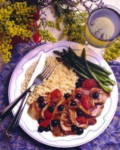 Pork Tenderloin with Blueberry Sauce » US Highbush Blueberry Council #littlechanges