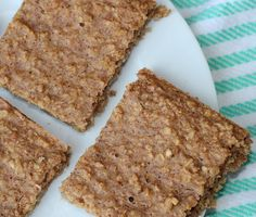 Almond Butter, Oatmeal & Banana Bars -- quick, healthy breakfast that tastes great-- no oil and low sugar!