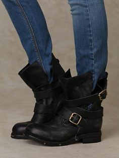 perfect motorcycle boot