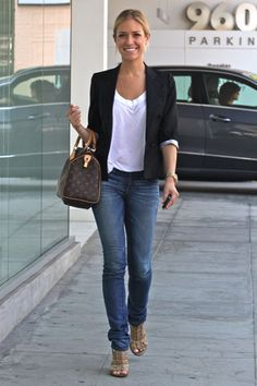 Kristen Cavallari.  God it's only May and I'm already dreaming of Autumn. That's a fashionista for you i guess....
