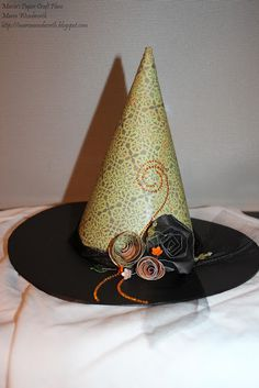 Maria's Paper Craft Place paper witch hat