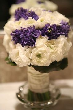 elegant with purple and white flowers bouquet wedding