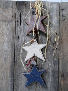 Vintage PRIMITIVE Prim Wooden Country Stars- USA -AMERICANA- Patriotic-Red White and Blue-Country- Farm- Rustic Decor- Lodge Theme-Fun Find!