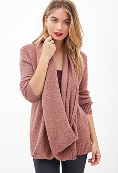Attached Scarf Sweat
