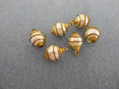 'Vintage Caged Pearl Beads' is going up for auction at 12pm Sun, Nov 25 with a starting bid of $5.