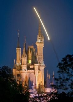 March 5th 2010, Space Shuttle Discovery flew right over the castle!